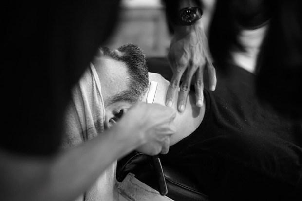 barber-1979440_640