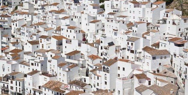 buildings-1245842_640