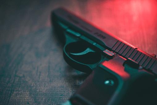 guns_still_tmp