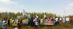 Surround Yarls Wood - Shut Down Yarls Wood & ALL Detention centres @ Yarl's Wood Immigration Removal Centre