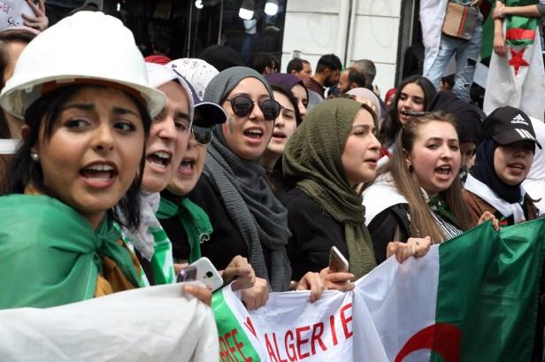 July 2020 Algera,Ap 23:19 (Mohamed Messara:EPA-EFE)