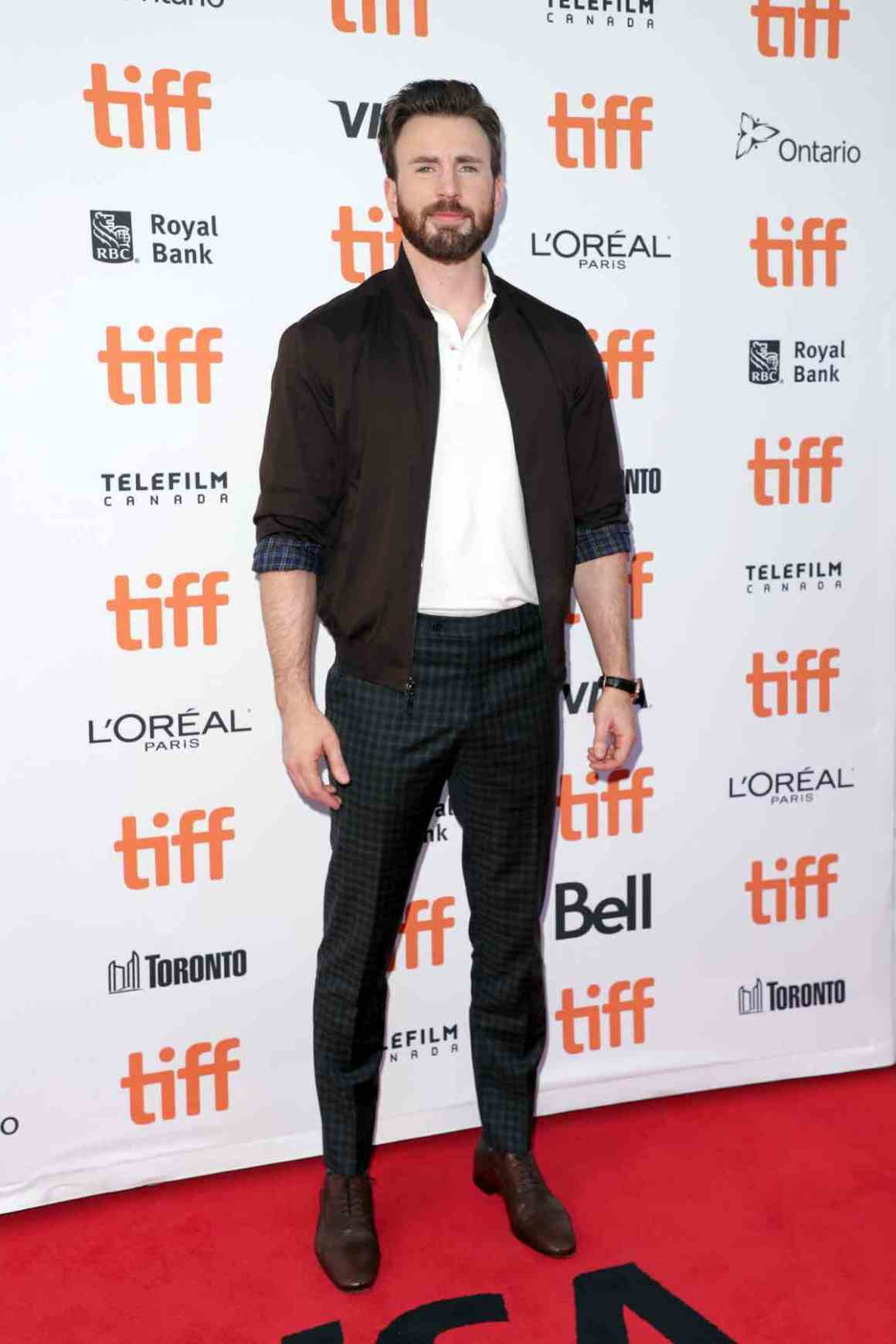 "Chris Evans 2019 Toronto International Film Festival - ""Knives Out"" Premiere"