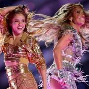 Jennifer Lopez Teaches Shakira the Booty Shake in Newly Released Super Bowl Rehearsal Video — WATCH 1