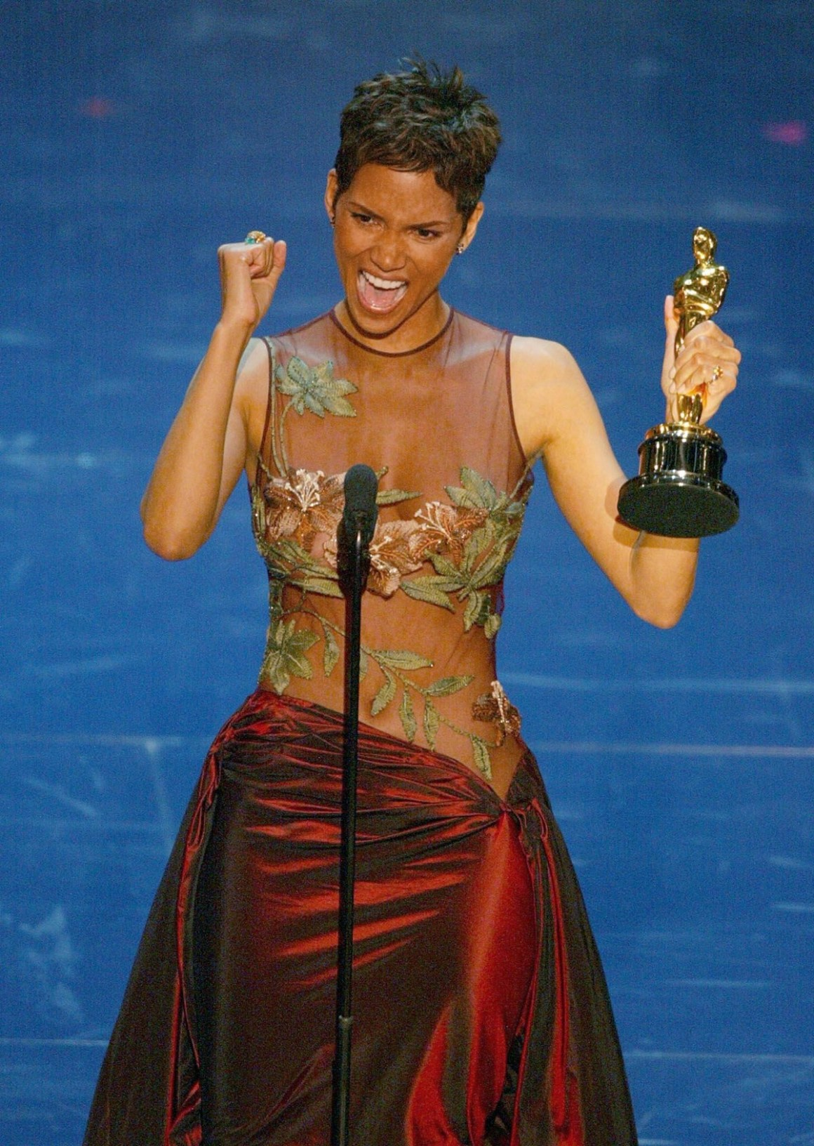Halle Berry accepts her Oscar for best