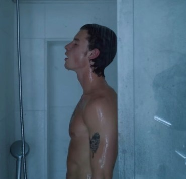 Netflix's Shawn Mendes In Wonder Doc Features a Shower Scene