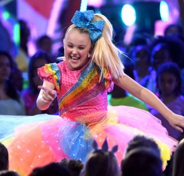 JoJo Siwa Nickelodeon's 2018 Kids' Choice Awards - Show