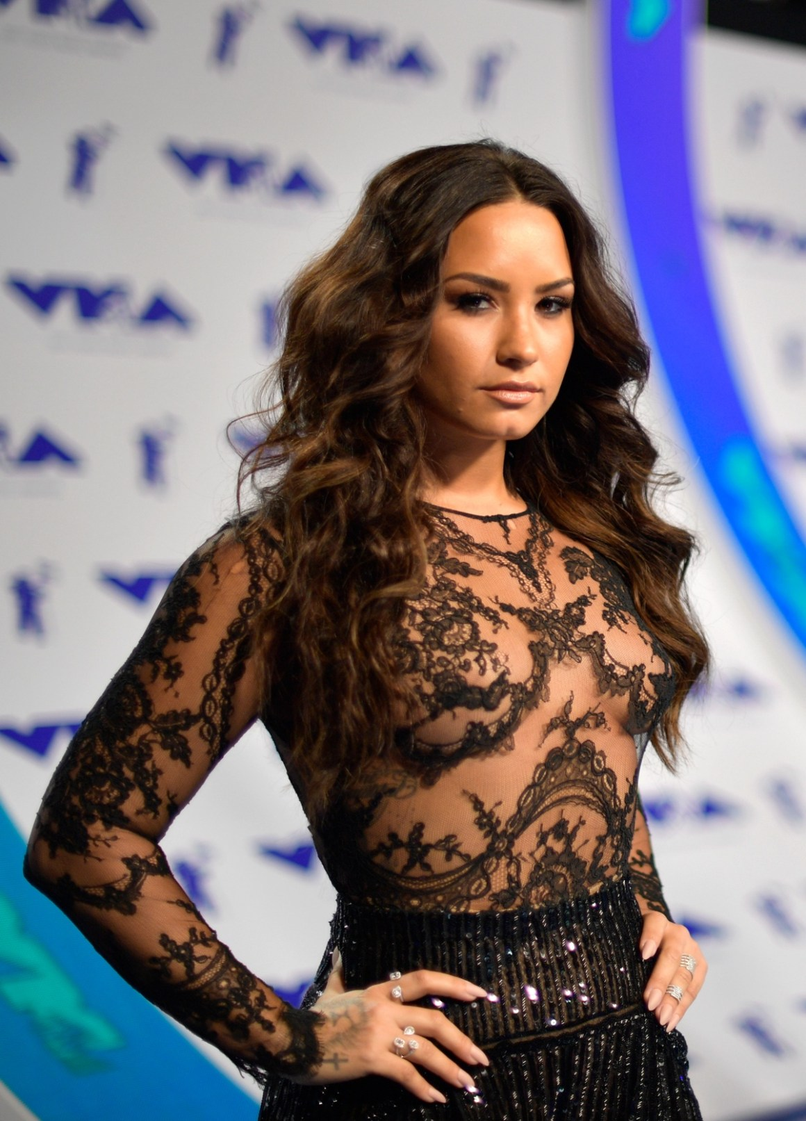 Demi Lovato 2017 MTV Video Music Awards - Red Carpet