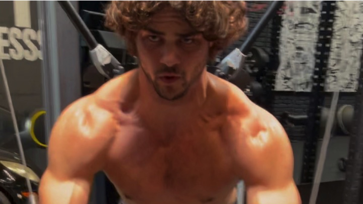 Noah Centineo is all bulked up for Black Adam