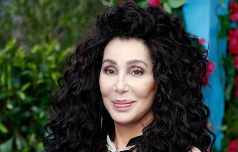 Cher apologizes after being slammed for tweet over George Floyd's death 1
