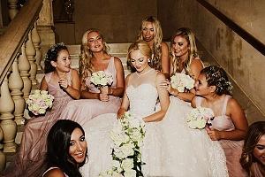 Ashley Taylor Cooper and bridesmaids ©Oscar Castro