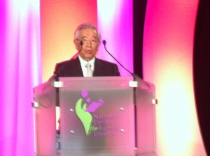 Dr. Shoichiro Toyoda speaks at the 2011 NCFL Banquet