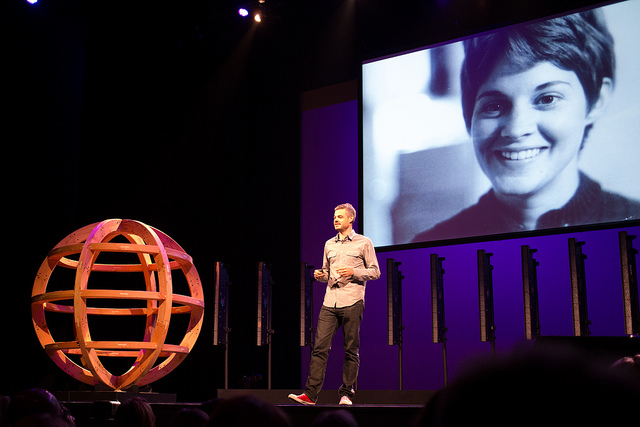 Scott Harrison from Charity: Water at WDS2012