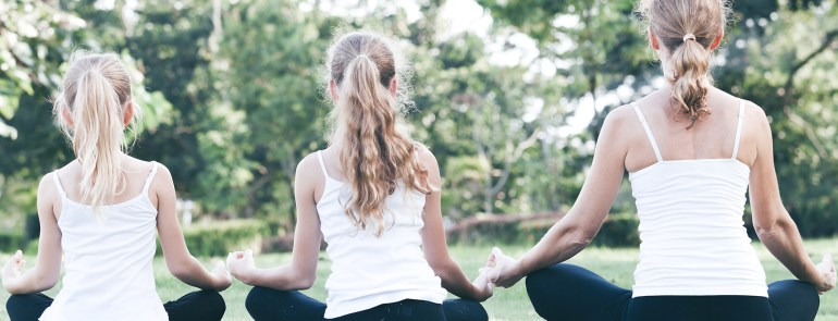 8 Reasons You (As a Stepmom or Mom) Should Be Practicing Yoga
