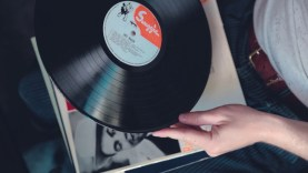 Random-Swing-LPs-Groove-at-home-attachment