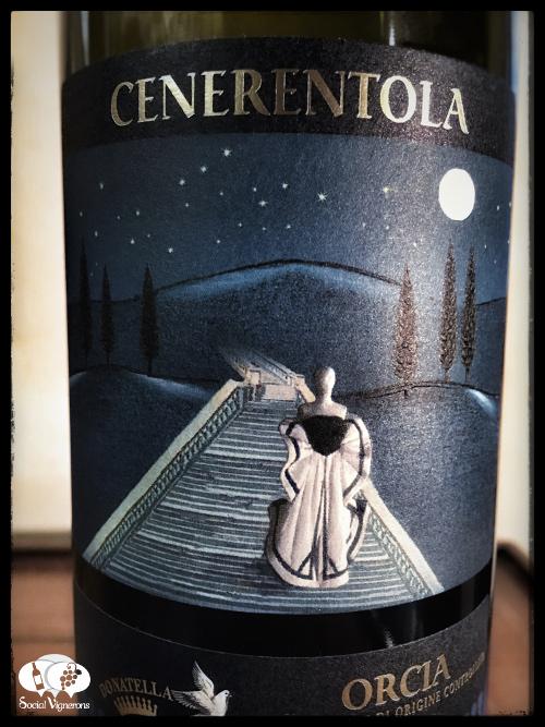 2012 Donatella Cinelli Colombini Orcia wine bottle front label glass social vignerons small