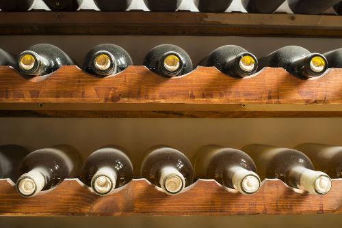 storing_wine