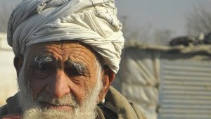 Picture of an old man wearing a turbin