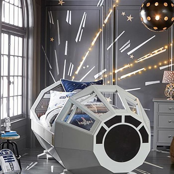 Sonho de muita gente: uma cama da Millennium Falcon!
