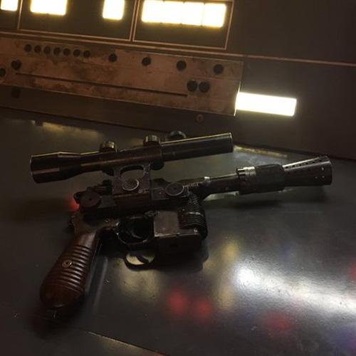 Confira a primeira imagem do filme de Han Solo!