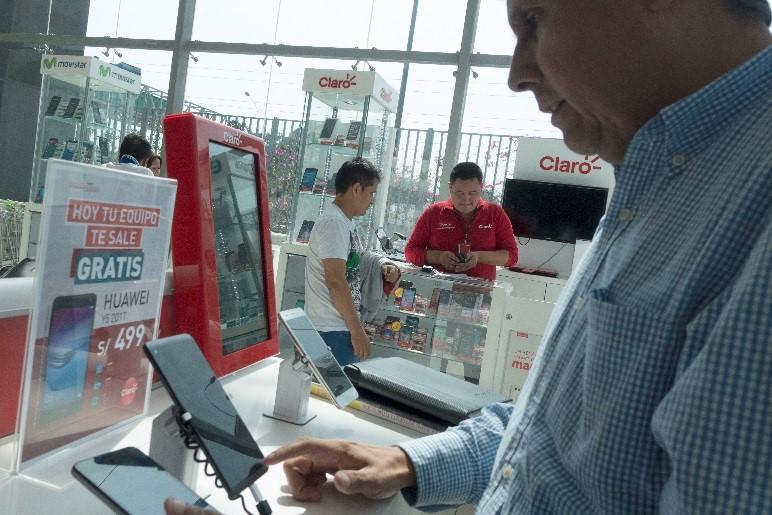 Informe Técnico del OSIPTEL sobre transferencia de espectro solicitada por América Móvil Perú- CLARO
