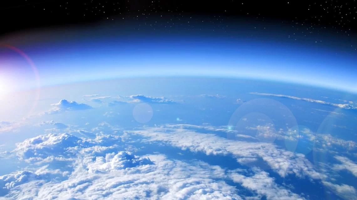 Por que o céu é azul? Descubra agora.