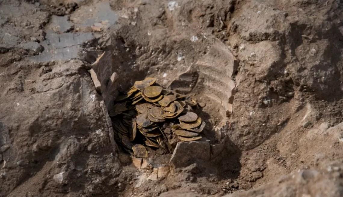 Tesouro milenar é descoberto em Israel