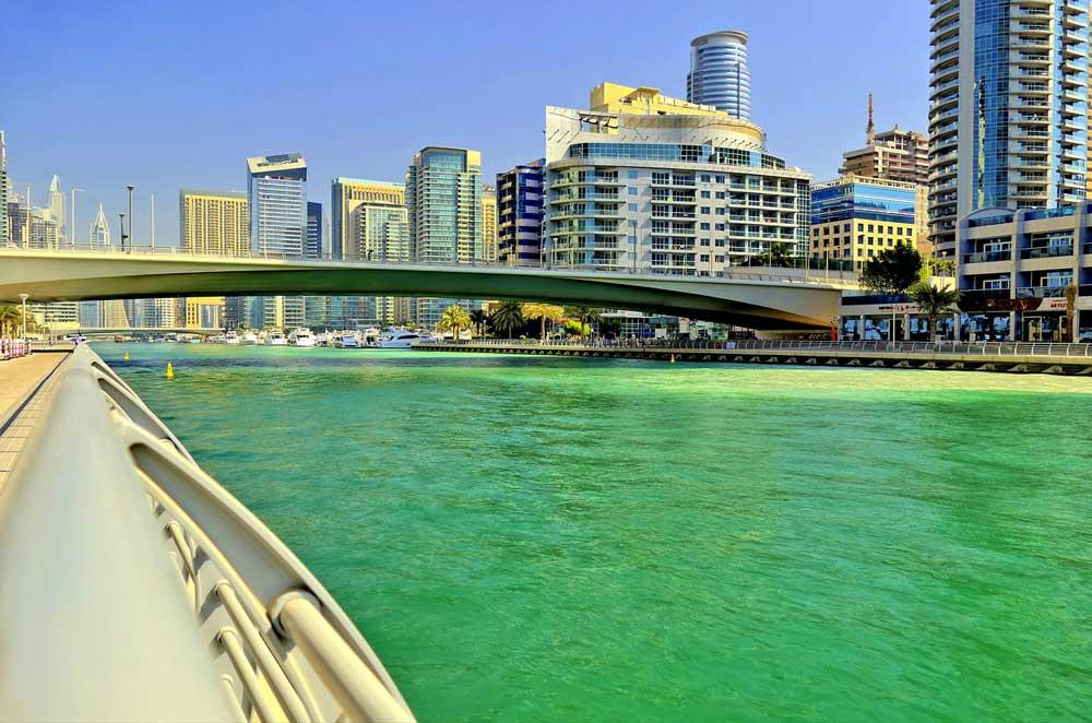 Création de société freezone à Dubaï