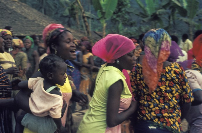Women in Cameroon, 1969. By H. Grobe (Own work) [CC BY 3.0 ], via Wikimedia Commons