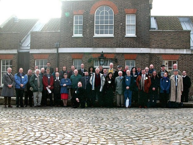 the-shas-first-agm-at-greenwich-group-photo-2003