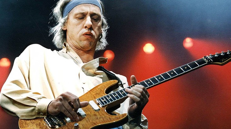 "DIRE STRAITS: Hear Mark Knopfler's Isolated Guitar Track From 1978's ""Sultans Of Swing"" 