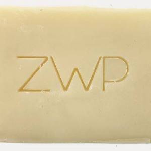 plastic free ethical vegan zero waste bathroom curly hair care
