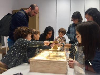 Visites en família: art lúdic, experimentació i aprenentatge