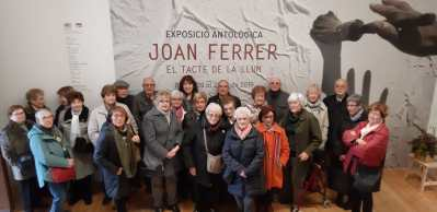 Neus Forés dirigeix dues visites per a persones grans de les Aules de Formació
