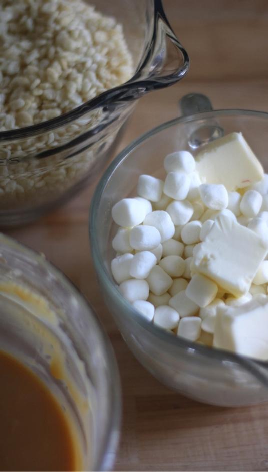 Caramel Rice Krispie Treats sockbox10.com