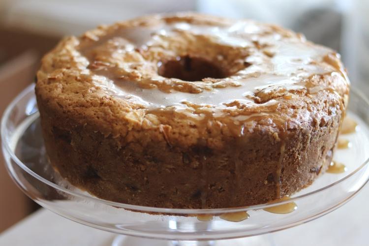 Apple Cake with Caramel Glaze sockbox10.com