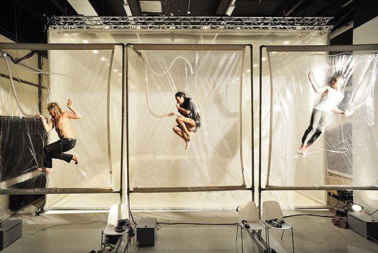 Exposição de arte no CCBB, no Centro do Rio, convida público a sentir obras