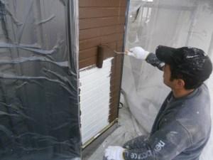 外壁塗装の価格と工事例
