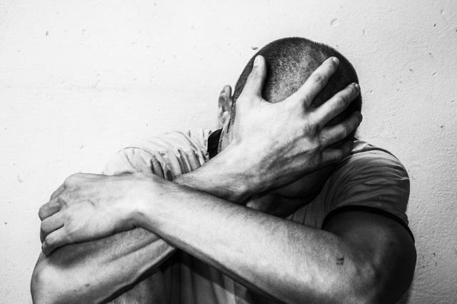 Come aiutare una persona depressa