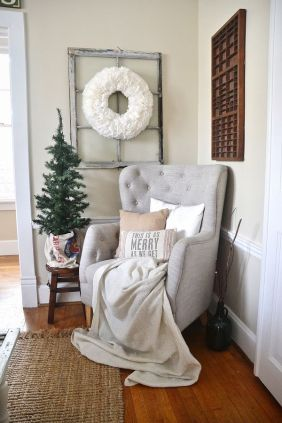 christmas festive room decor inspiration, tumblr, pinterest, artsy photo, blogmas 2015, day 3, cushions, this is as merry as it gets, minimalistic