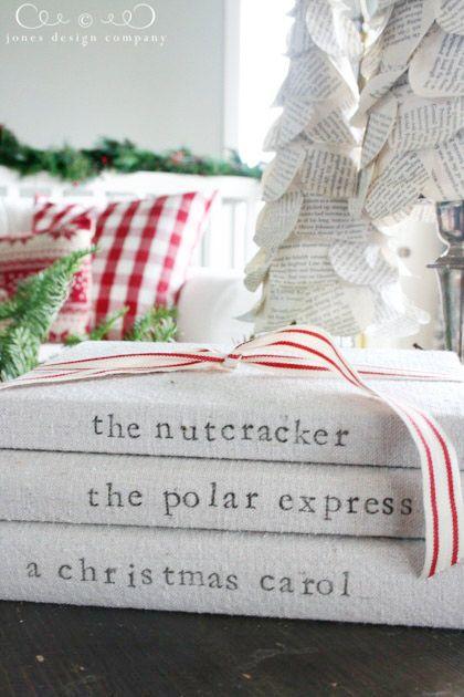 blogmas 2015, day 13, red and green appreciation post, christmas colours, interior decor, festive books, the nutcracker, white, vintage, artsy, tumblr, pinterest.