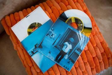 """- Jack White """"Would You Fight For My Love"""" édition tricolore limitée à 150 exemplaires monde - Jack White """"That Black Bat Licorice"""" édition tricolore limitée à 150 exemplaires monde"""