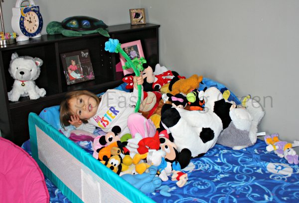 17 Best Stuffed Animal Storage Ideas To Tame Those Toys
