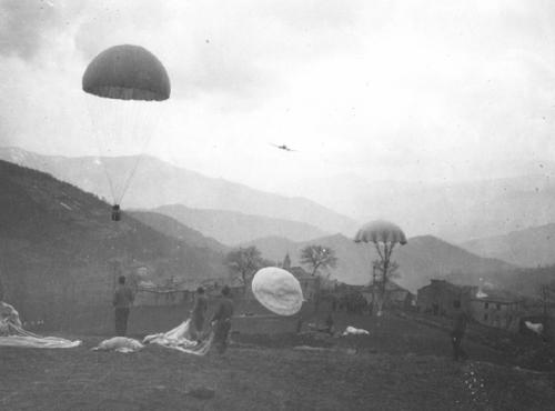 World War II UW - Parachute resupply of Jedburgh team during World War II (photo CIA archives)