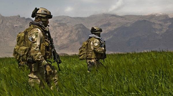 SF patrol Afghan field