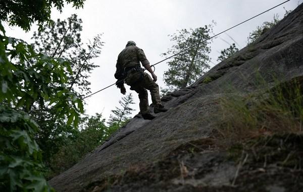 1st SFG Mountain Training