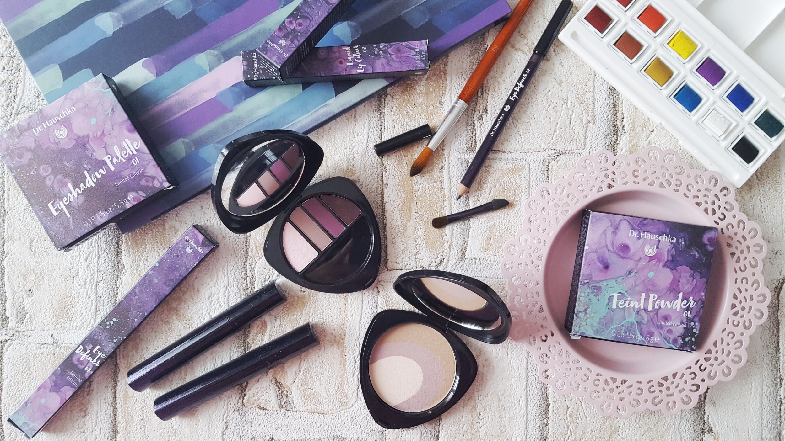 Dr. Hauschka Purple Light Make up Collection