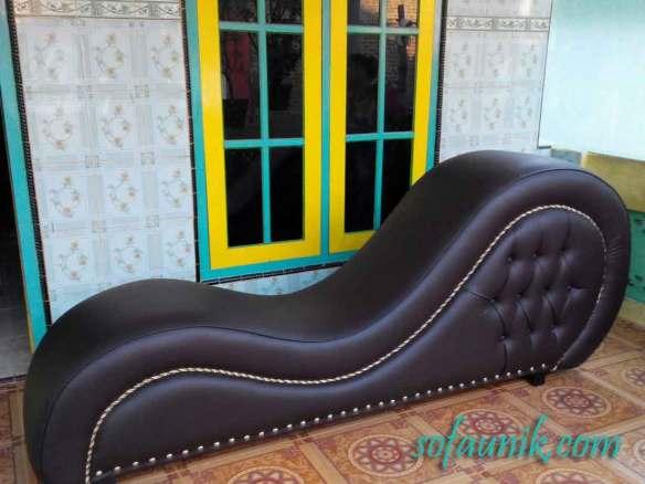 sofa tantra, sofa cinta, kerusi tantaric, Gambar Posisi seks, sofa untuk bercinta, love seat, bercinta di atas kursi, cara bercinta agar cepat hamil, cara cepat hamil