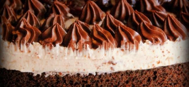 Σοκολατόπιτα με μους αμυγδάλου – σοκολάτας και βύσσινα αλά Sofeto!