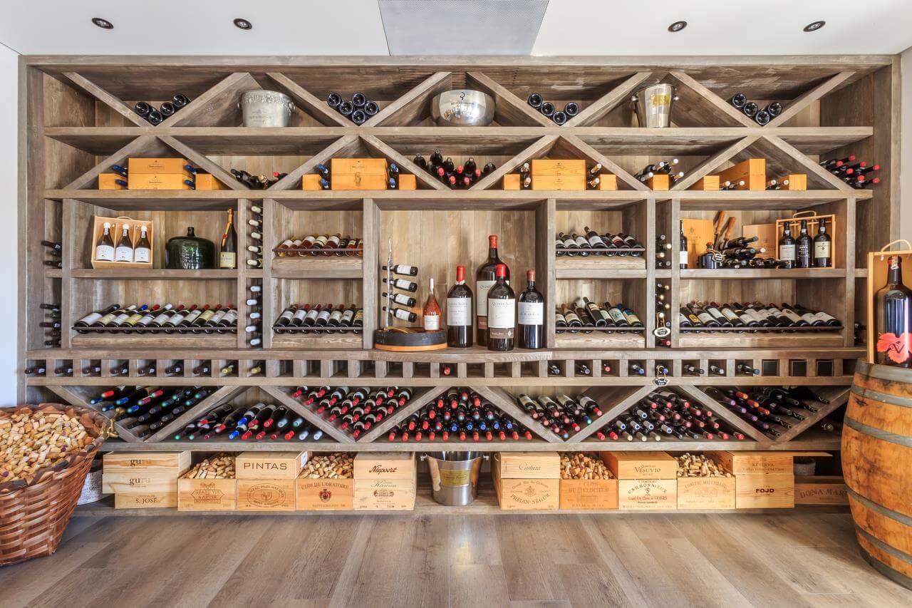 Casa Velha - Garrafeira   Wine Cellar