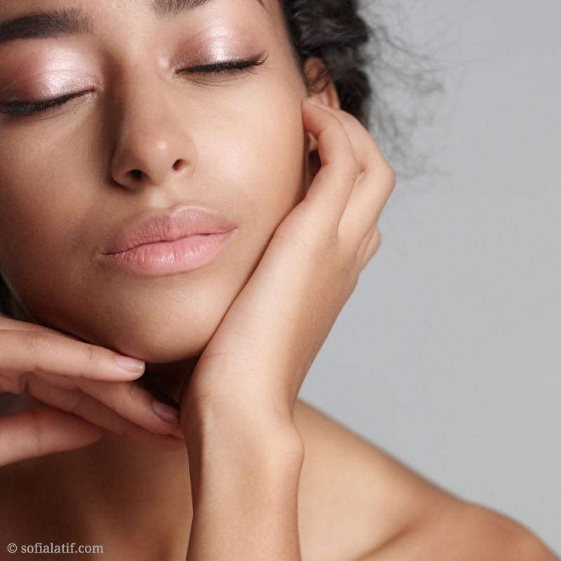 Gentle cleansers help prevent dry skin